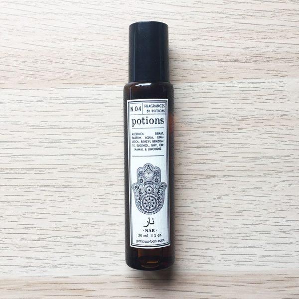 Potions BCN perfume en roll on N.4 Nar (ámbar oriental)