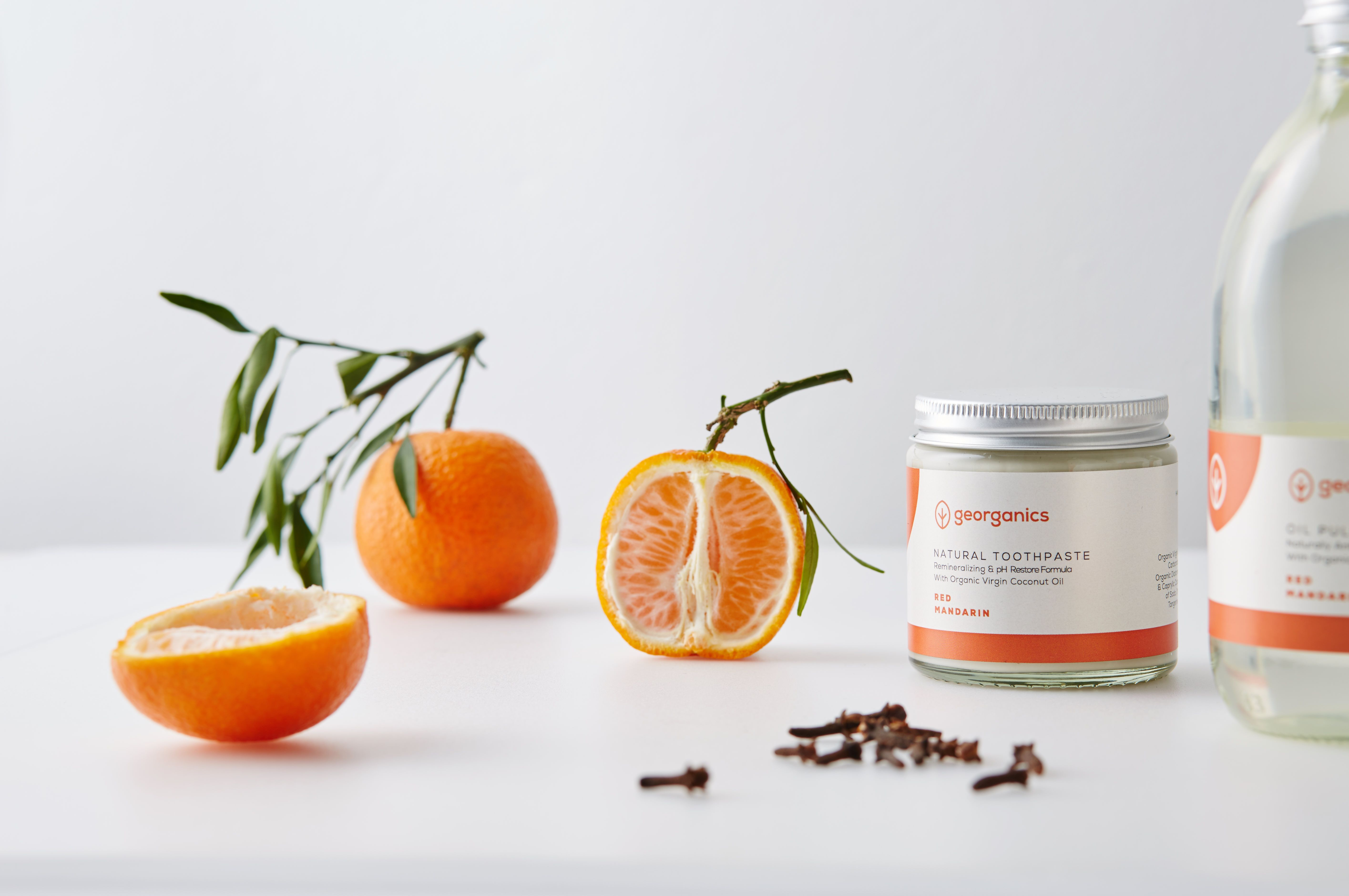 Dentífrico Natural Remineralizante con Aceite de Coco y Mandarina