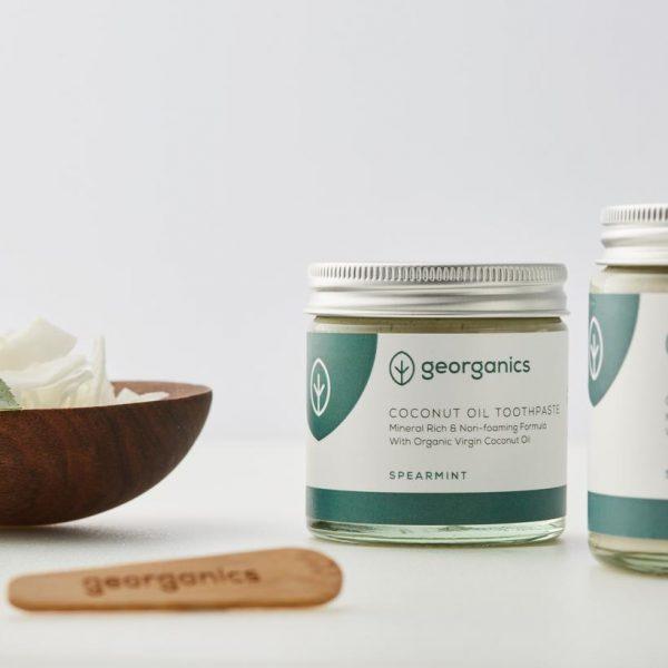 Dentífrico Natural Blanqueante de Aceite de Coco y Hierbabuena