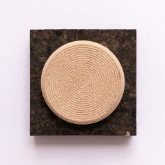 Peeling Stone exfoliante natural para durezas en los pies, vegano y zero waste de Potions BCN