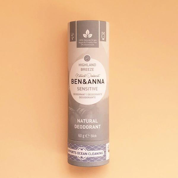 Desodorante sin bicarbonato para pieles sensibles, vegano natural en stick Highland Breeze - Ben & Anna - Potions BCN